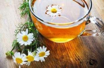 Cvety romashki
