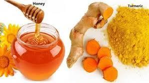 4. MIX OF CURCUMA, GINGER POWDER AND HONEY
